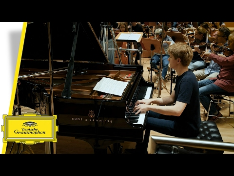 Video Jan Lisiecki - Chopin: Works for Piano & Orchestra (Trailer)
