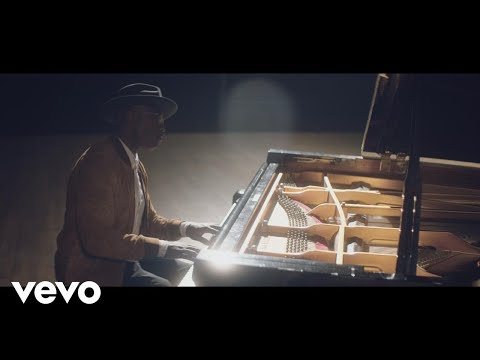 Video Alexis Ffrench - Bluebird