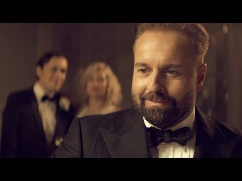 Video Alfie Boe - As Time Goes By