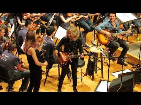 Video Tommy Shaw & the Contemporary Youth Orchestra: Sing for the Day