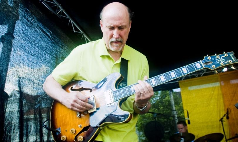Review John Scofield - Combo 66