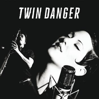 Cover Twin Danger